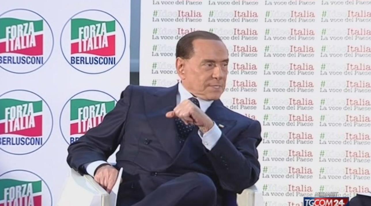 """Berlusconi: """"Nessun mio assenso a nuove fondazioni, no a iniziative esterne"""""""