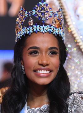 Psicologa e modella: la giamaicana Toni-Ann Singh incoronata Miss Mondo 2019