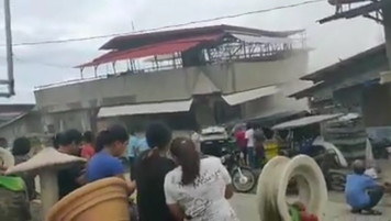 Filippine, terremoto di magnitudo 6.8 nel sud del Paese - Foto e Video