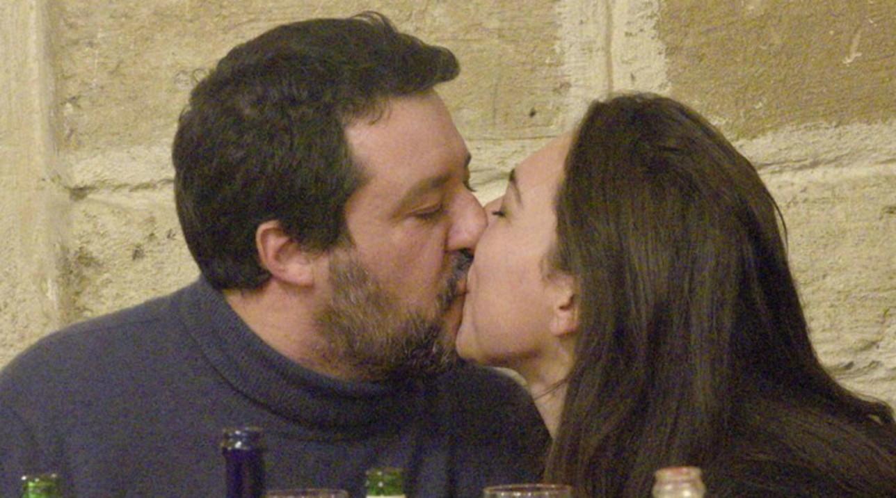 Per Matteo Salvini e Francesca Verdini baci appassionati al ristorante