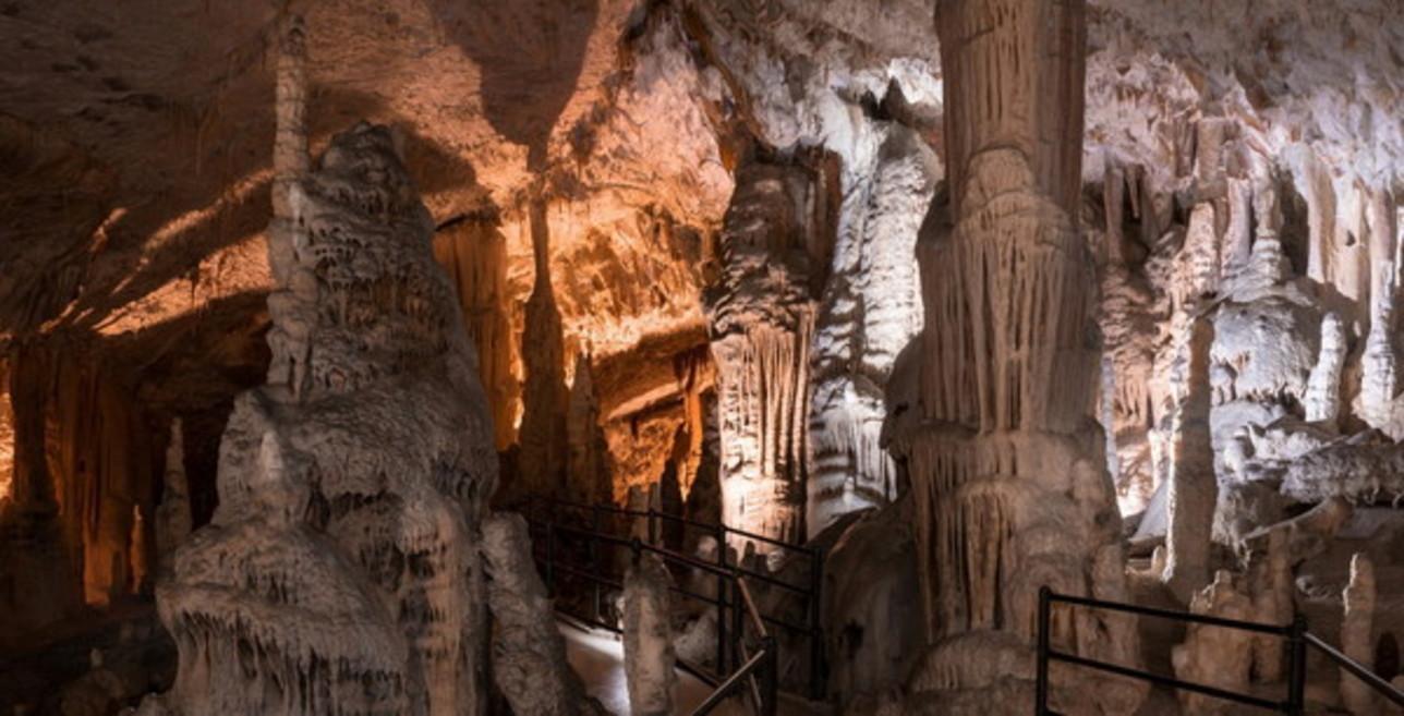 Un presepe lungo 5 chilometri alle Grotte di Postumia