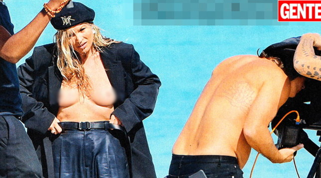 Kate Moss maschiaccio in topless
