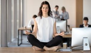 Anno nuovo senza stress? Secondo gli esperti bisogna meditare