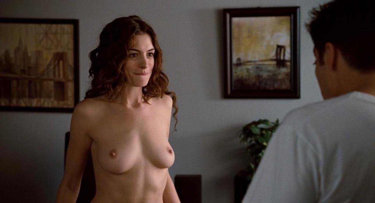 Da Anne Hathaway a Scarlett Johansson, i nudi indimenticabili degli Anni 10