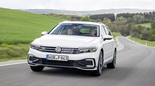 Volkswagen Passat, la prova dei modelli GTE e Alltrack