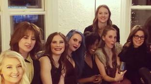 Amanda Knox festeggia l'addio al nubilato: si sposerà il 28 febbraio