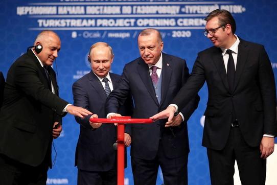Il gasdotto TurkStreamè operativo, gas russo a Turchia ed Europa