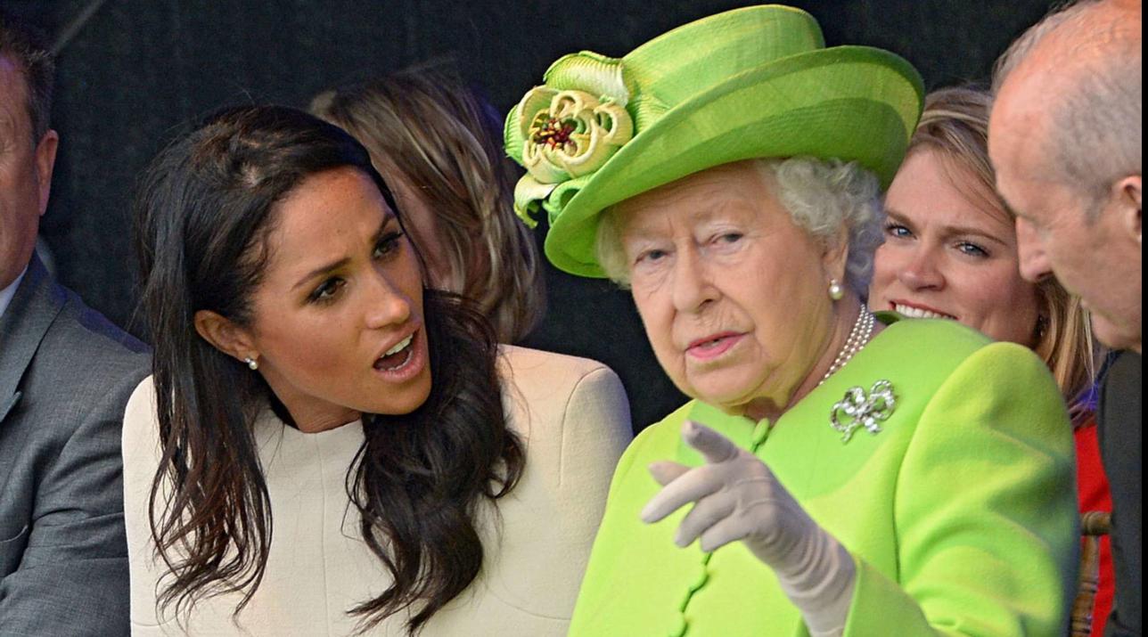 Meghan torna in Canada e lascia Harry a discutere con la Regina