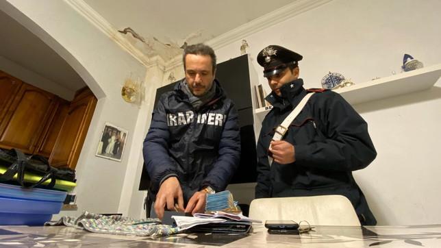 Roma, blitz antidroga: arrestate 16 persone