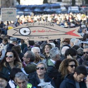 Le Sardine saranno a Bibbiano: confermata la manifestazione di giovedì