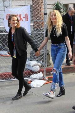 Amber Heard, ex di Johnny Depp ha un nuovo amore... ed è una donna ...