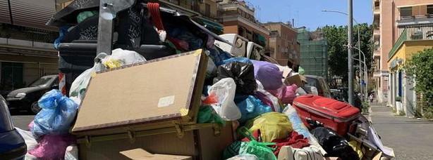 Via libera a 200mila tir carichi di rifiuti