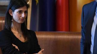 Rifiuti, il sindaco Raggi: anche Pd indicò sito e ora vota contro