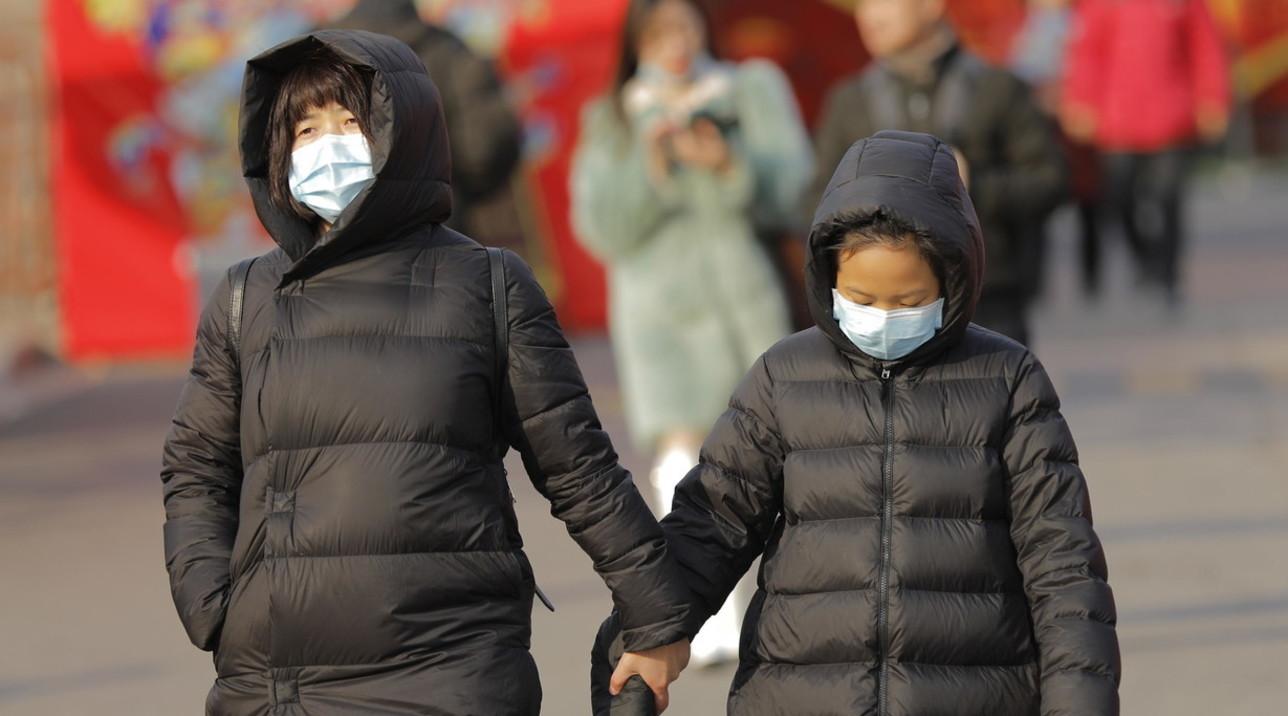 Virus Cina, un caso a Macao: croupier dei casinò con le mascherine