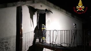 Incendio in un'abitazione nel Lucchese: morta una 14enne |Il padre ha tentato inutilmente di salvarla: ustionato