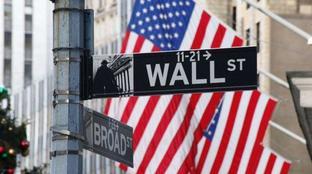 Borsa, Wall Street chiude contrastata: Dow Jones -0,03%, Nasdaq +0.14