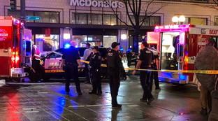 Usa, lite al fast food finisce in sparatoria: un morto, grave bimbo