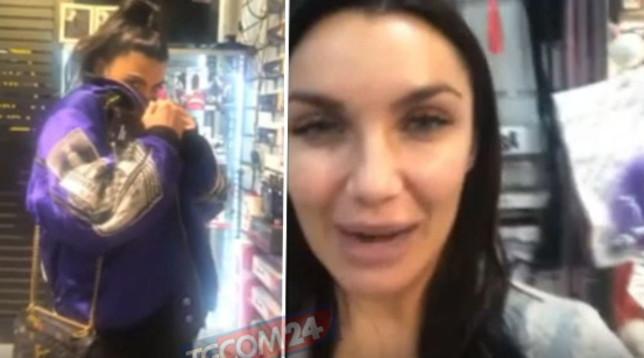 Salemi e Lamborghini in fuga dal sexy shop: guarda per chi era il regalo
