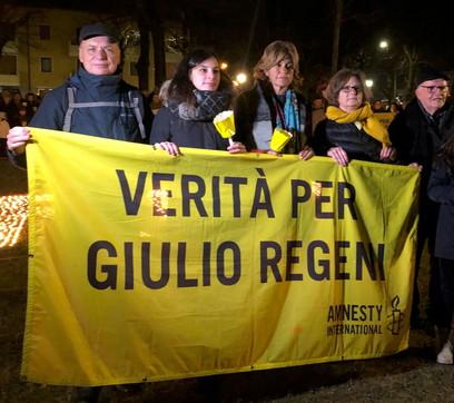 """""""Verità per Giulio Regeni"""": fiaccolate in tutta Italia a quattro anni dalla scomparsa"""