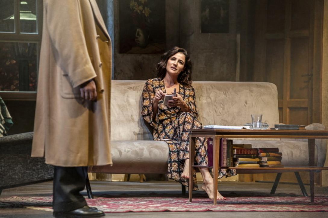 """Luisa Ranieri protagonista di """"The Deep Blue Sea"""": guarda le foto di scena"""