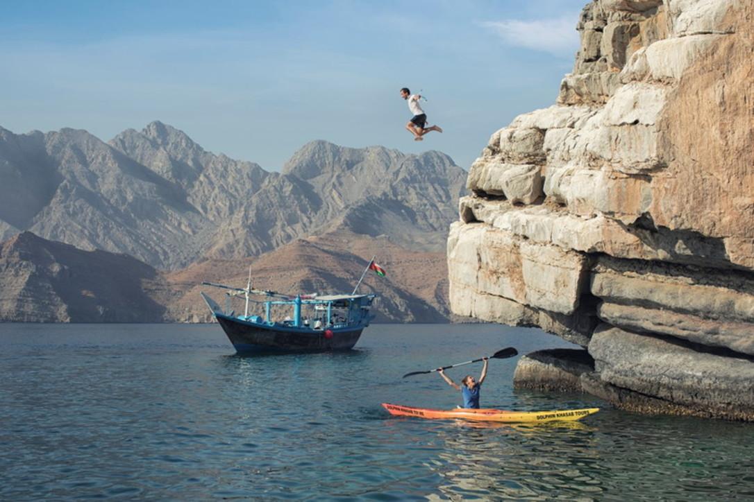In Oman all'avventura, tra trekking e body rafting