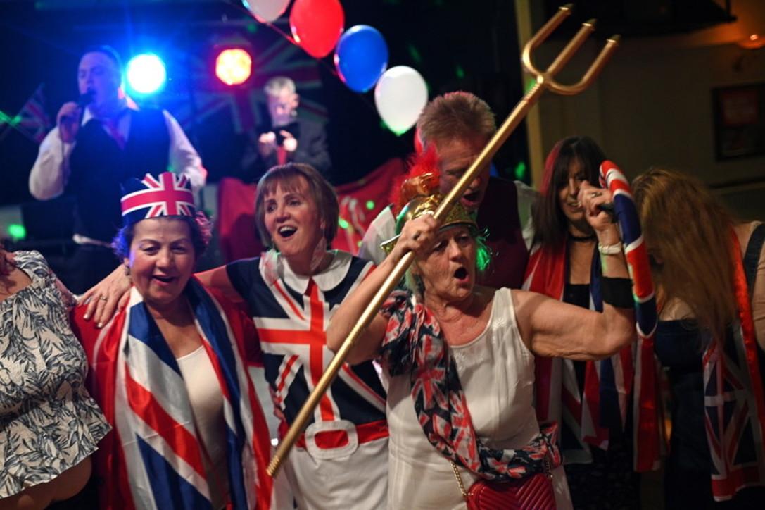 brexit-festeggiamenti