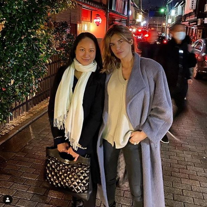 Per Eli Canalis una vacanza in Giappone con nudo finale...