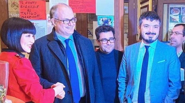 """Coronavirus, il ministro Gualtieria cena in un ristorante cinese di Roma: """"No ad allarmismi"""""""