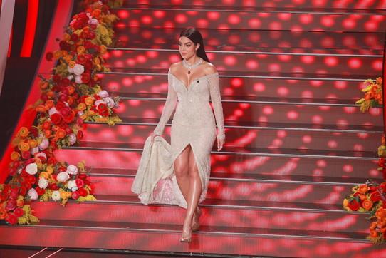 Sanremo 2020, Georgina sul palco e Cristiano Ronaldo in prima fila