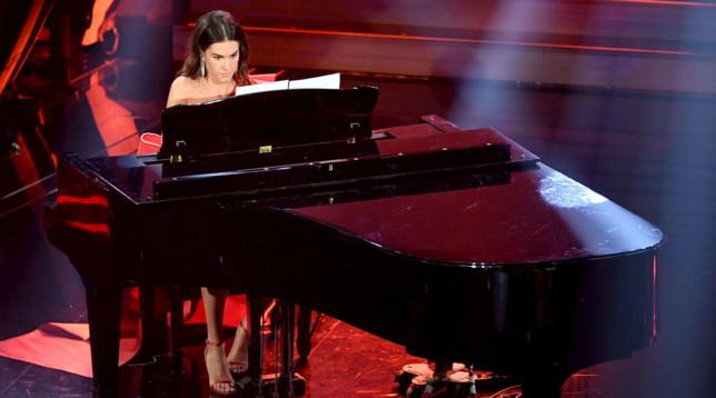 Francesca Sofia Novello incanta Sanremo al pianoforte
