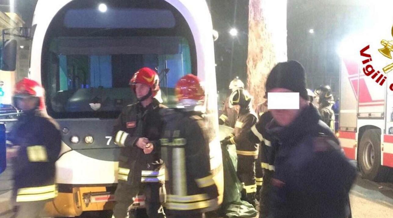 Turista coreana investita e uccisa da tram a Milano
