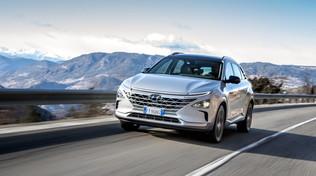 Hyundai consegna 10 Nexo a idrogeno in Alto Adige