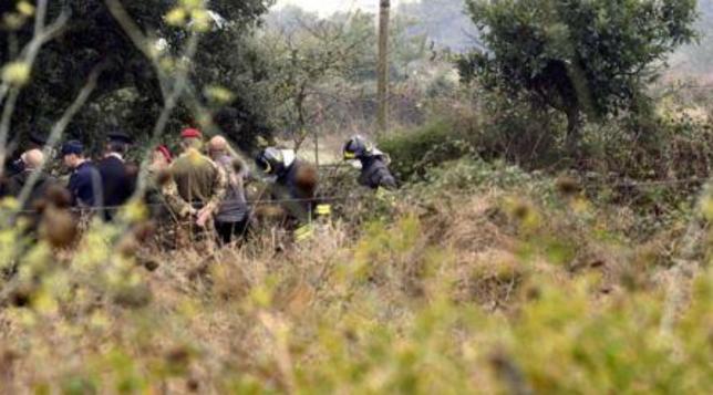 Trentenne trovato morto accoltellato nella campagna del Fermano