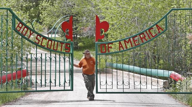 Molestie e abusi sessuali: i Boy Scouts Usa dichiarano bancarotta