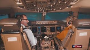 Bebe Vio guida un simulatore di volo e sfida l'astronauta Parmitano