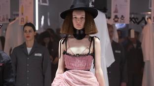 MFW 2020, Gucci donna: la sfilata gira come una giostra