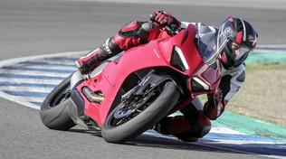 Panigale V2, la nuova superbike bicilindrica Ducati