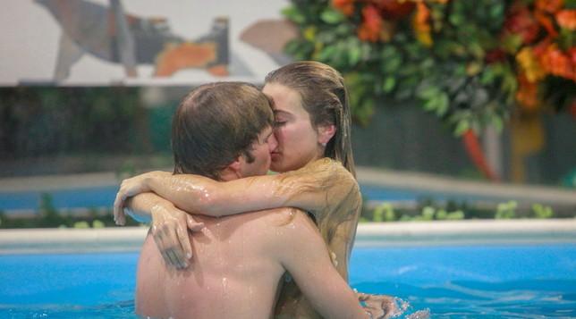 Clizia e Paolo, gli ultimi baci prima della squalifica