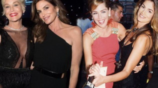 Sharon Stone e Cindy Crawford, pin up cresciute ma sempre bombe sexy