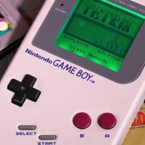 Giappone:95enne rompe il suo Game Boy, Nintendo gliene regala uno nuovo