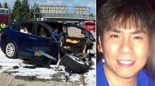 Usa, l'ingegnere a bordo della Tesla morto mentre giocava ai videogiochi