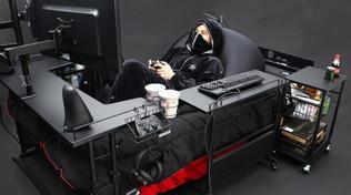 Videogiochi: stanchi delle solite sedie? Arriva il letto da gaming
