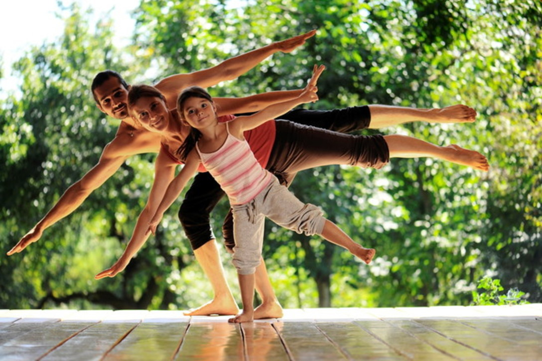 Gli esercizi propriocettivi da fare in casa, anche con i bambini