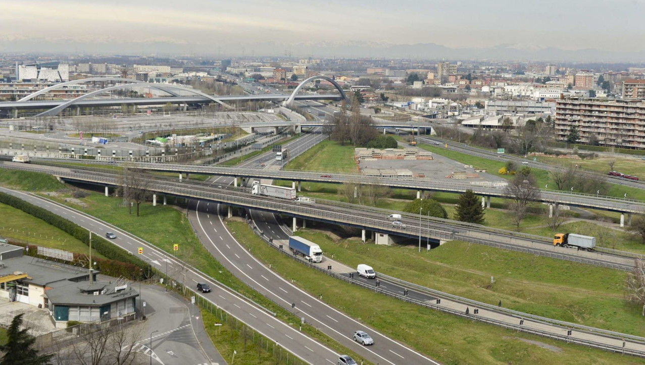Milano si ferma, la tangenziale sempre più vuota