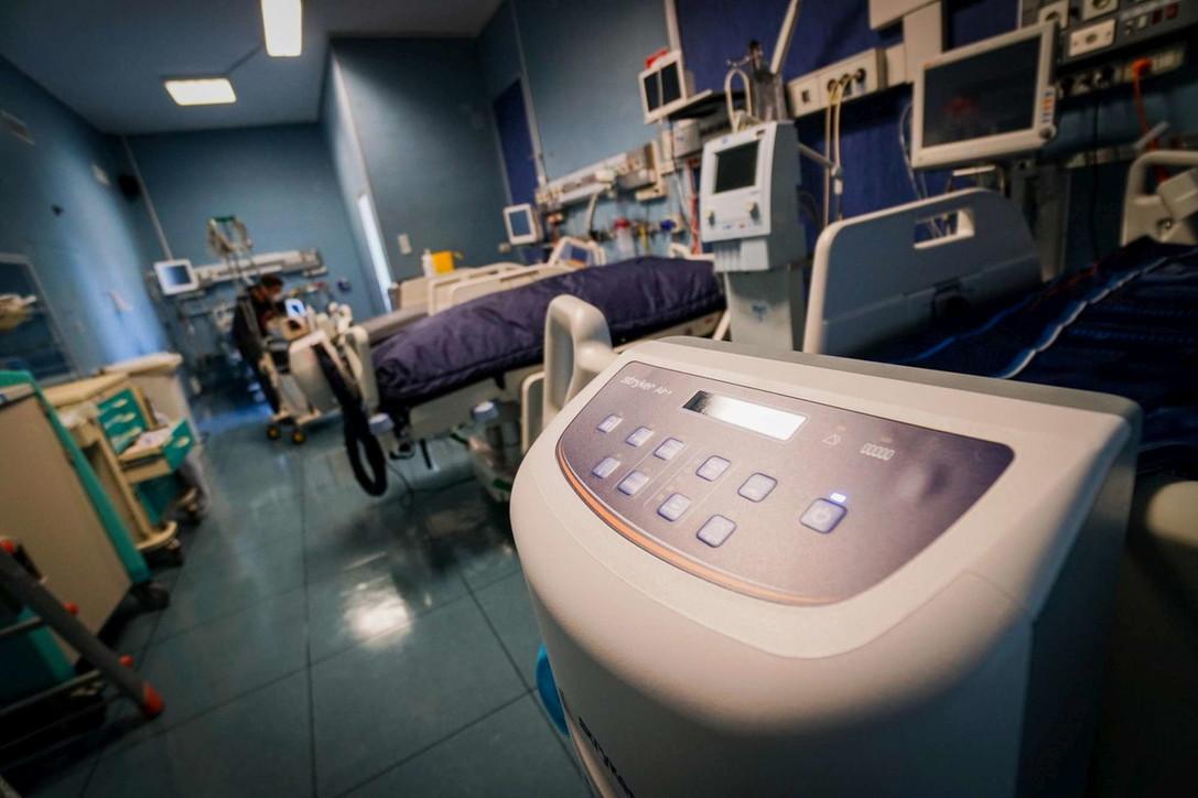 Coronavirus, nuove unità di rianimazione all'ospedale Loreto Mare di Napoli
