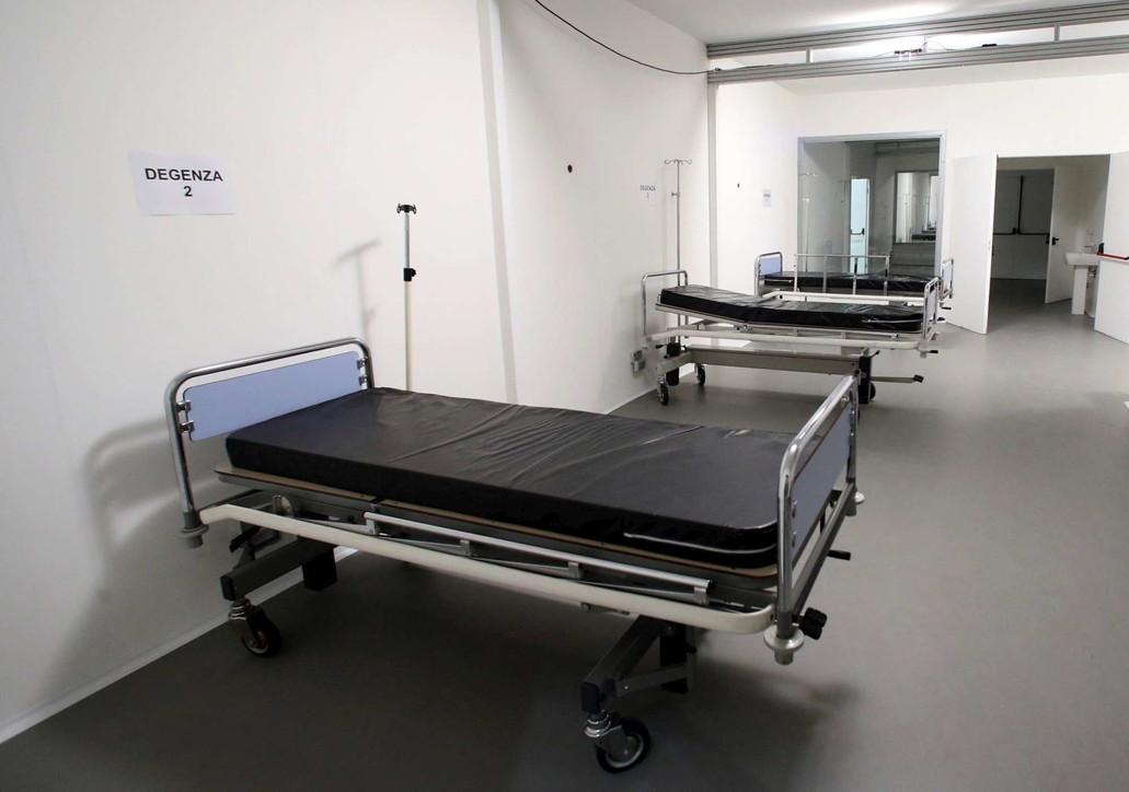 Coronavirus, ospedale a Milano in tempo record: i lavori in Fiera