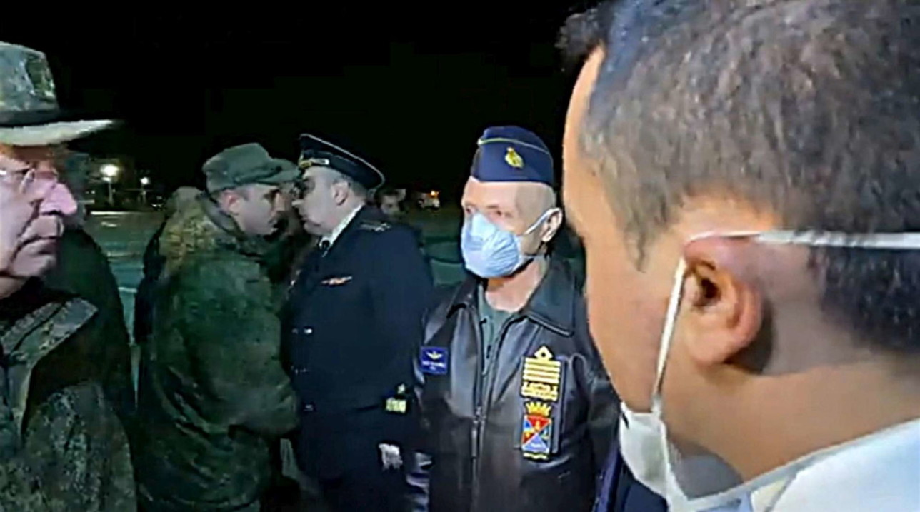 Coronavirus, atterrato a Pratica di Mare il primo aereo russo con aiuti