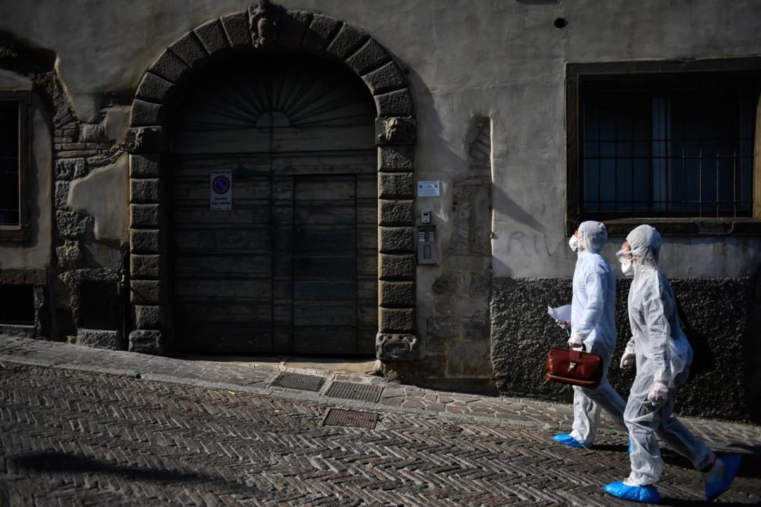 Coronavirus, a Bergamo le unità speciali che curano i malati più gravi a domicilio