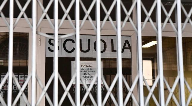 Scuole chiuse per coronavirus? Corsi di recupero (a distanza) anche d'estate