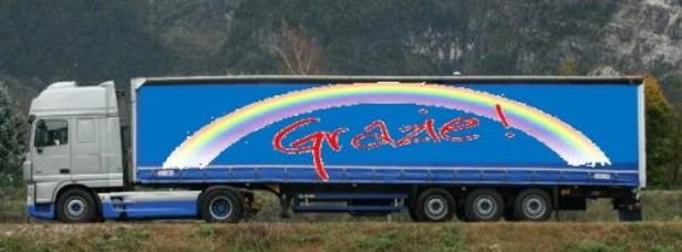Un cestino per il pranzo offerto gratis ai camionisti